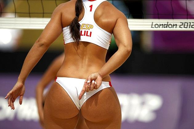 Волейболистка сзади